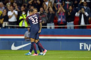 PARIS, FRANCE - AUGUST 20:  Neymar Jr of Paris Saint-Germain is congratulated by Dani Alves after scoring during the Ligue 1 match between Paris Saint-Germain and Toulouse at Parc des Princes on August 20, 2017 in Paris, France.  (Photo by Aurelien Meunier/Getty Images)