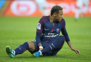 PARIS, FRANCE - SEPTEMBER 17: Neymar Jr of PSG during the French Ligue 1 match between Paris Saint Germain (PSG) and Olympique Lyonnais (OL) at Parc des Princes on September 17, 2017 in Paris, . (Photo by Jean Catuffe/Getty Images)