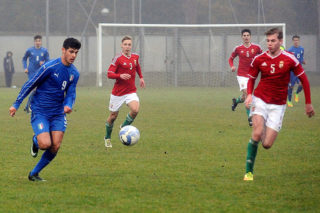 CERVIA, ITALY - DECEMBER 14:  Pietro Pellegri of Italy during the International Friendly match between Italy U17 and Hungary U17 at Stadio Germano Todoli on December 14, 2016 in Cervia, Italy.  (Photo by Roberto Serra/Iguana Press/Getty Images)