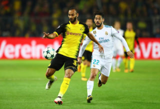 DORTMUND, GERMANY - SEPTEMBER 26: Omer Toprak of Borussia Dortmund and Isco of Real Madrid battle for possession during the UEFA Champions League group H match between Borussia Dortmund and Real Madrid at Signal Iduna Park on September 26, 2017 in Dortmund, Germany.  (Photo by Martin Rose/Bongarts/Getty Images)