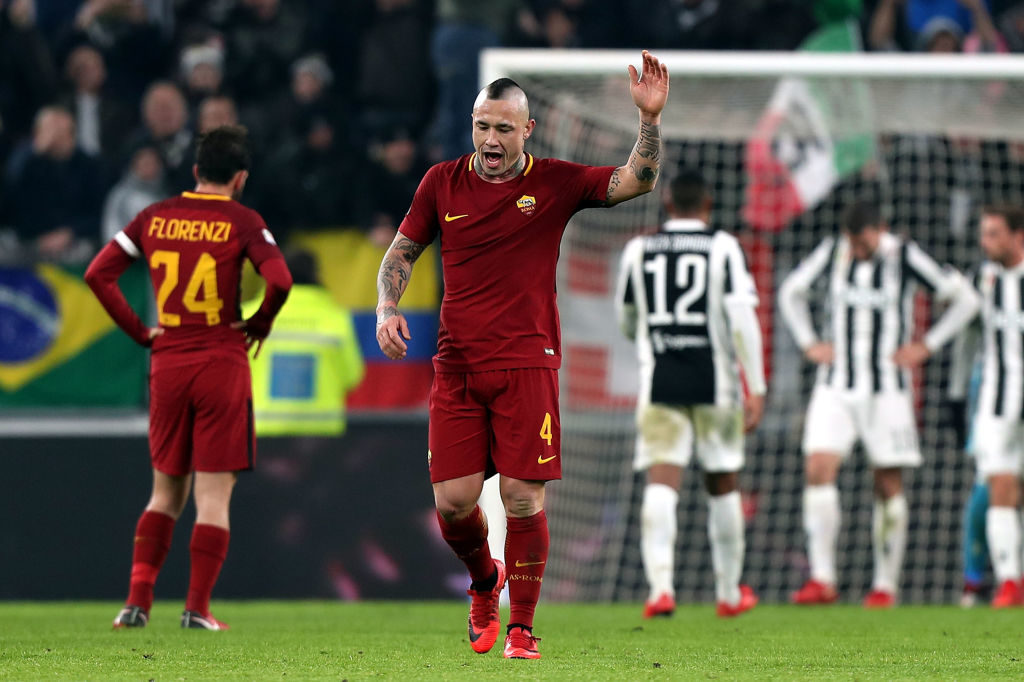 TURIN, ITALY - DECEMBER 23: Radja Nainggolan of AS Roma during the serie A match between Juventus and AS Roma on December 23, 2017 in Turin, Italy.  (Photo by Gabriele Maltinti/Getty Images)