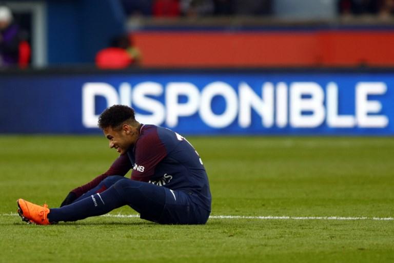 Neymar Jr of Paris Saint-Germain reacts during the Ligue 1 match between Paris saint-Germain and Strasbourg at Parc des Princes on February 17, 2018 in Paris, France. (Photo by Mehdi Taamallah/NurPhoto)