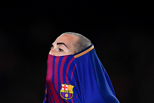 BARCELONA, SPAIN - NOVEMBER 29:  Aleix Vidal of FC Barcelona reacts during the Copa del Rey round of 32 second leg match between FC Barcelona and Real Murcia at Camp Nou on November 29, 2017 in Barcelona, Spain.  (Photo by David Ramos/Getty Images)