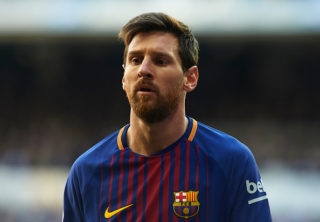 MADRID, SPAIN - DECEMBER 23: Lionel Messi of Barcelona looks on during the La Liga match between Real Madrid and Barcelona at Estadio Santiago Bernabeu on December 23, 2017 in Madrid, Spain.  (Photo by fotopress/Getty Images)