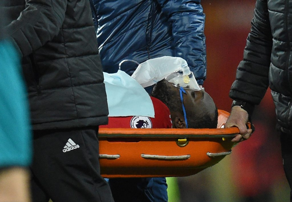 Manchester United's Belgian striker Romelu Lukaku is taken off on a stretcher after appearing to pick up a head injury during the English Premier League football match between Manchester United and Southampton at Old Trafford in Manchester, north west England, on December 30, 2017. / AFP PHOTO / Oli SCARFF / RESTRICTED TO EDITORIAL USE. No use with unauthorized audio, video, data, fixture lists, club/league logos or 'live' services. Online in-match use limited to 75 images, no video emulation. No use in betting, games or single club/league/player publications.  /