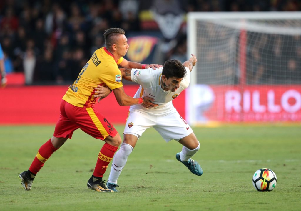Diego Perotti of AS Roma during the Serie A match between Benevento Calcio and AS Roma at Stadio Ciro Vigorito on September 20, 2017 in Benevento, Italy.  (Photo by Gabriele Maricchiolo/NurPhoto)