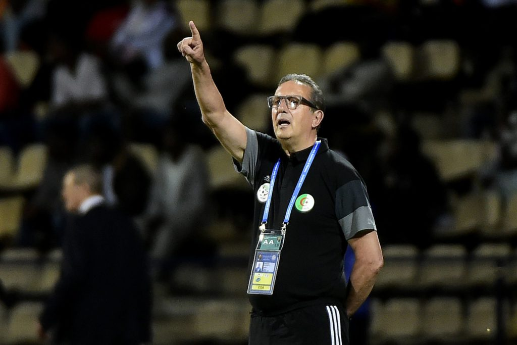 Algeria's Belgian coach Georges Leekens reacts during the 2017 Africa Cup of Nations group B football match between Senegal and Algeria in Franceville on January 23, 2017. / AFP PHOTO / KHALED DESOUKI