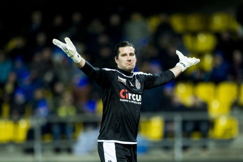 Waasland-Beveren's goalkeeper Laszlo Koteles reacts during the Jupiler Pro League match between Waasland-Beveren and KV Oostende, in Beveren, Saturday 21 January 2017, on day 22 of the Belgian soccer championship. BELGA PHOTO JASPER JACOBS