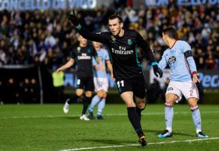 VIGO, SPAIN - JANUARY 07:  Gareth Bale of Real Madrid celebrates after scoring his team's second goal during the La Liga match between Celta de Vigo and Real Madrid at Estadio de Balaidos on January 7, 2018 in Vigo, Spain.  (Photo by fotopress/Getty Images)