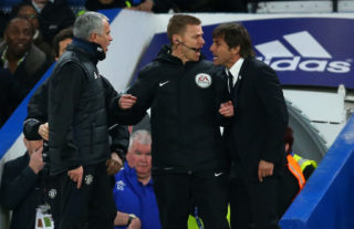 LONDON, ENGLAND - MARCH 13: Jose Mourinho Manager of Manchester United and Antonio Conte manager of Chelsea have words and are separated by fourth official Mike Jones during The Emirates FA Cup Quarter-Final match between Chelsea and Manchester United at Stamford Bridge on March 13, 2017 in London, England. (Photo by Catherine Ivill - AMA/Getty Images)