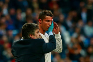 MADRID, SPAIN - JANUARY 21: Cristiano Ronaldo of Real Madrid CF leaves the pitch after being damaged during the La Liga match between Real Madrid CF and Deportivo La Coruna at Estadio Santiago Bernabeu on January 21, 2018 in Madrid, Spain. (Photo by Gonzalo Arroyo Moreno/Getty Images)