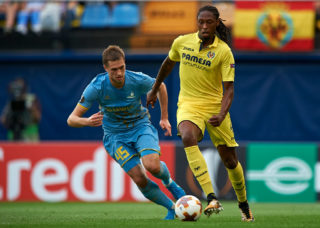 VILLARREAL, SPAIN - SEPTEMBER 14:  Ruben Alfonso Borges Semedo (R) of Villarreal competes for the ball with Roman Murtazayev of Astana during the UEFA Europa League group A match between Villarreal CF and FK Astana at Estadio de la Ceramica on September 14, 2017 in Villarreal, Spain.  (Photo by fotopress/Getty Images)