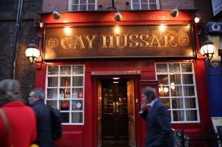 A-Gay-Hussar-a-Sohoban(be32bf89-5be8-418b-a21c-d7edc83a758a)(960x640).jpg (angliai magyarok, Gay Hussar, étterem, brit, politikus, újságíró, London)