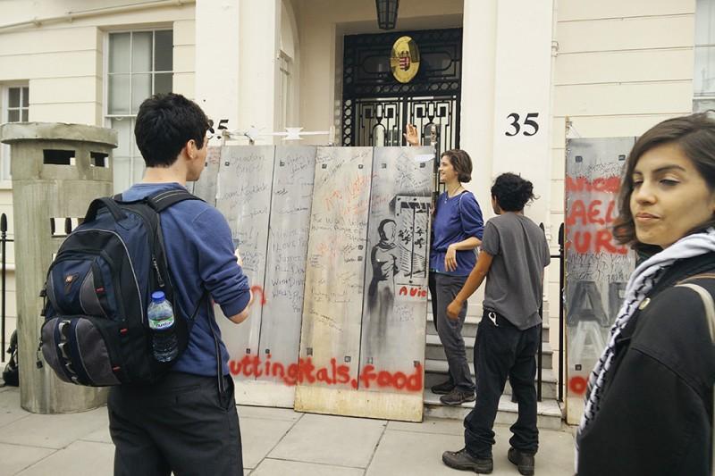 london tüntetés (Array)