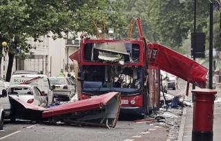 londoni merénylet 2005 (Array)