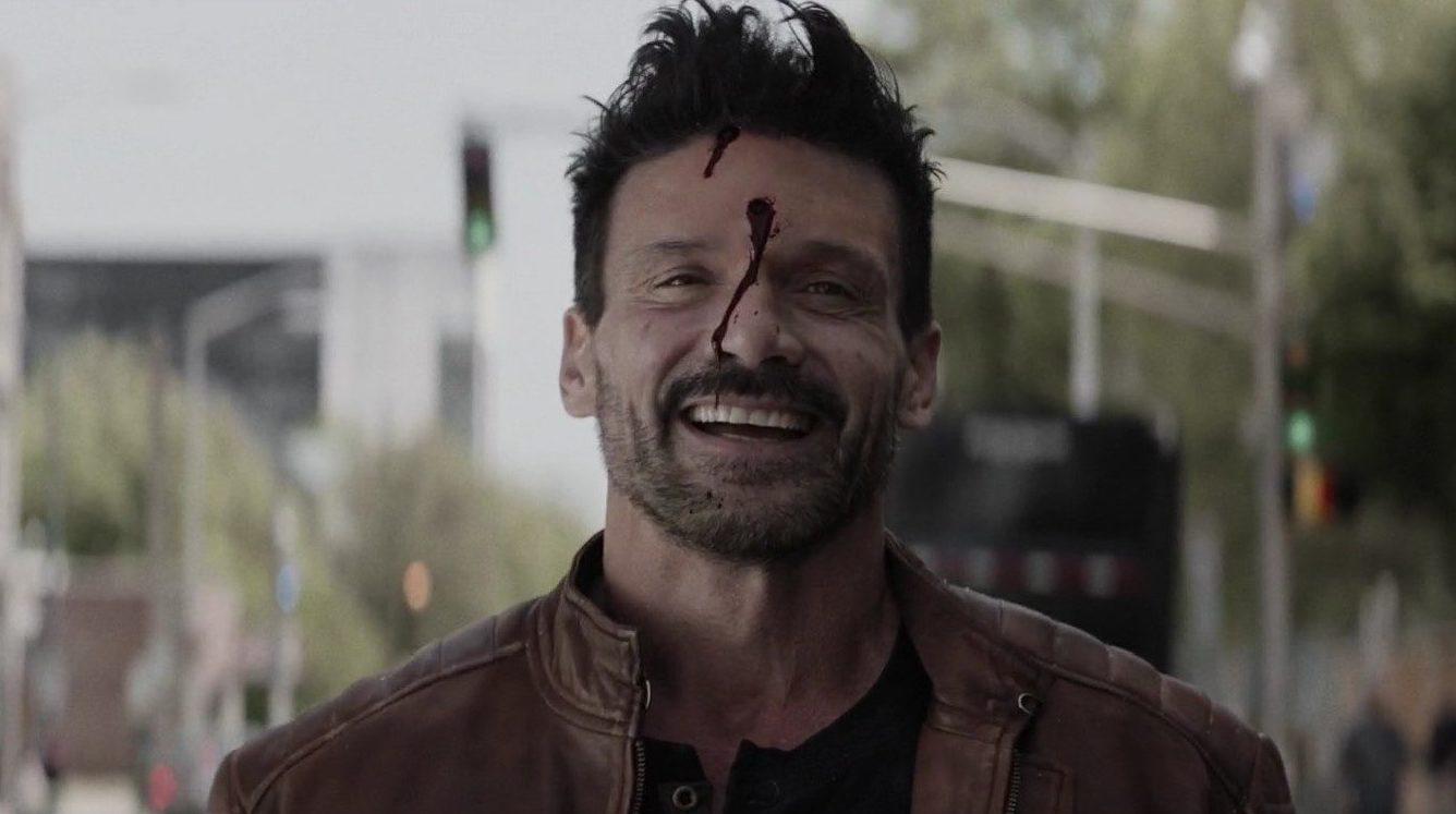 Boss level játszd újra jelenet, amin Pulvert éppen fejen lőtték
