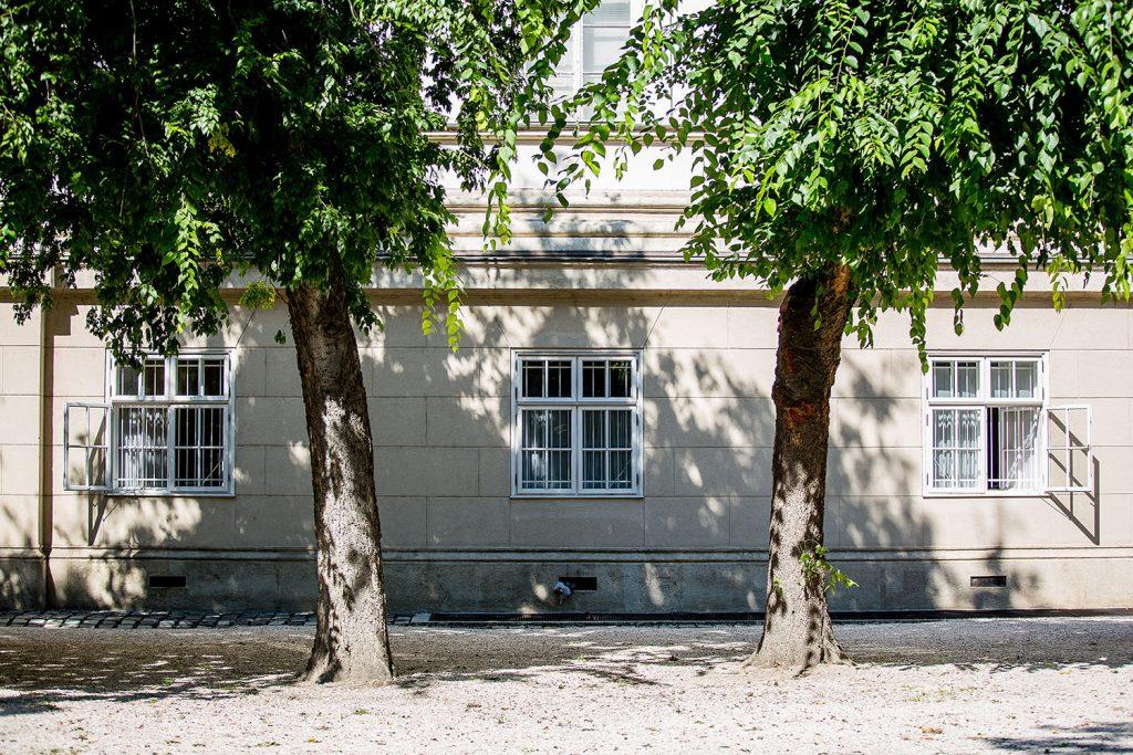 Budapest, Magyar Nemzeti Múzeum kertje