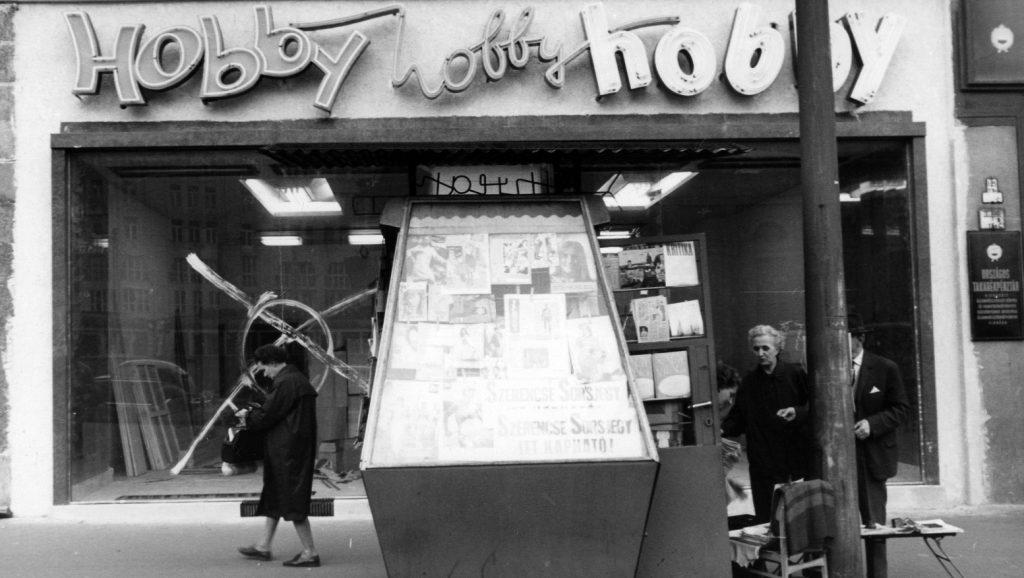 Ezek az ötvenéves fotók akár ma is készülhettek volna Budapestről – egy  dolgot leszámítva e267f608d2